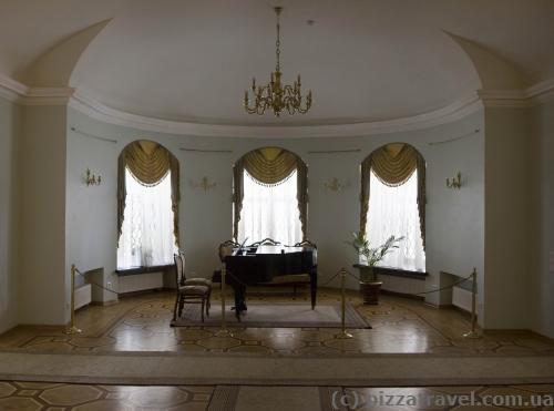 Интерьеры дворца Кирилла Разумовского в Батурине