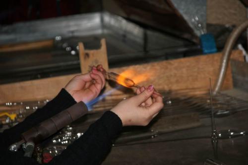 Обработка стекла с помощью газовой горелки